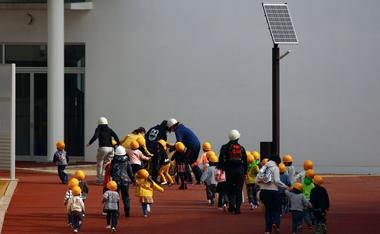 地域の避難所になる体育館、ストーブは最低限の備えのひとつ